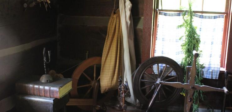 Spinning Wheel-2894