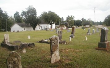 Temperanceville Cemetery at Bathurst and King in Oak Ridges